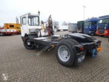Ťahač so zníženým podvozkom Mercedes TERMINAL TREKKER