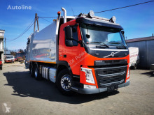 Volvo FM 300 śmieciarka EURO VI camión volquete para residuos domésticos usado