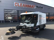 Ravo 540 with 3-rd brush used road sweeper