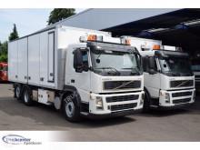 Maquinaria vial camión limpia fosas Volvo FM 300
