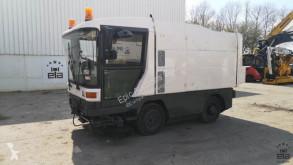 Camion balayeuse Ravo 5002SICD