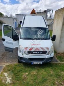 Camion hydrocureur Iveco 65C17