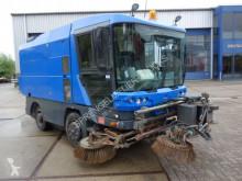 Maquinaria vial Ravo 540 camión barredora usado