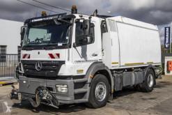 Mercedes Axor camion balayeuse occasion