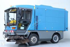 Maquinaria vial Ravo 560SIH camión barredora usado