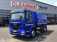 Camion balayeuse MAN TGM 15.250