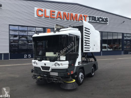 Maquinaria vial Ravo 540 CD camión barredora usado