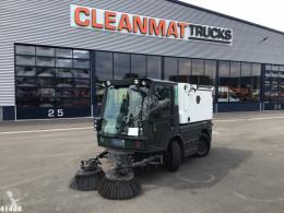 Schmidt Swingo Compact 200 camion spazzatrice usato