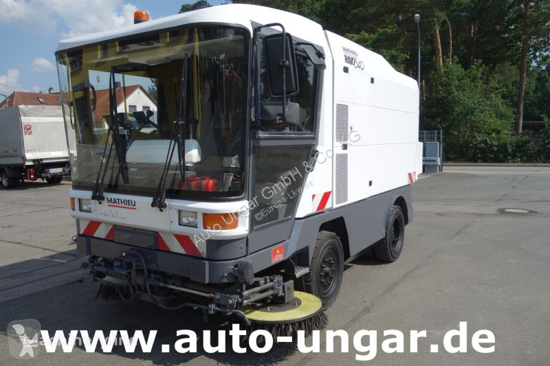 Vedere le foto Veicolo per la pulizia delle strade Ravo C 540 Kehrmaschine mit Saugschlauch