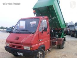 Camión volquete para residuos domésticos Renault B.80