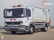 Mercedes Atego 1524 сметоизвозващ камион втора употреба