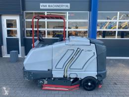Nilfisk SC 8000 veeg/schrobmachine used sweeper-road sweeper
