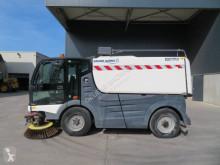 Camion cu echipament de măturat străzi Mathieu Azura Grand