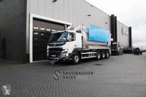 شاحنة مكنسة كهربائية Volvo Amphitec Vortex 2020 Saugbagger