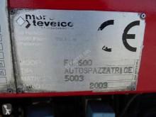 Voir les photos Engin de voirie Renault Midlum 220.15
