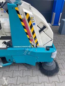 Vedere le foto Veicolo per la pulizia delle strade Tennant 8300
