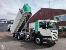 Vedere le foto Veicolo per la pulizia delle strade Scania P 230
