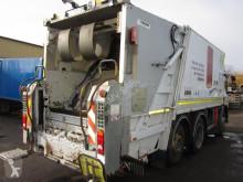 Vedere le foto Veicolo per la pulizia delle strade Volvo FE 320