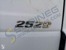 Voir les photos Engin de voirie Mercedes Axor 2529