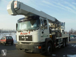 hoogwerker op vrachtwagen Multitel