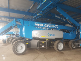 Genie articulated self-propelled Z135