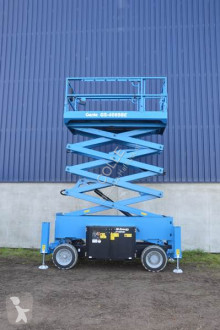 Selvkørend lift Genie GS 4069 BE Hybrid