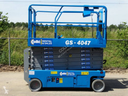 Genie GS-4047 used self-propelled