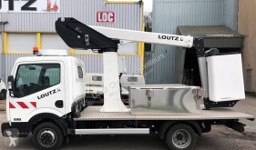 Nissan truck mounted Cabstar NT400