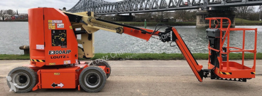 JLG E300AJP aerial platform used articulated self-propelled