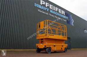 Haulotte COMPACT 10 Electric 10.15 m Scissor Lift, Non Mark 自推进式升降机 二手