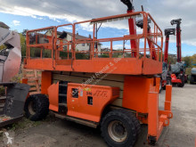 cu nacela JLG 4394RT, 15m scissor lift diesel with jacklegs