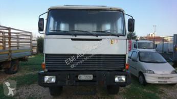 Iveco otros camiones usado