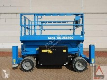 Genie GS-2669DC aerial platform used Scissor lift self-propelled
