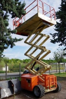 JLG 260MRT Nacelle used Scissor lift self-propelled