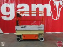 自推进式升降机 剪刀式升降平台 JLG