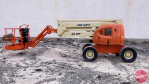 Nacelle automotrice articulée JLG 450AJ