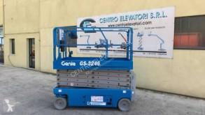 Genie GS-3246 használt Ollós emelő önjáró kosaras emelő