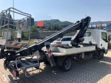 Plataforma plataforma sobre camião telescópico Lionlift 2110