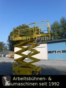 Genie GS 2632, Scherenarbeitsbühne 10 m kendinden hareketli platform makas platform ikinci el araç