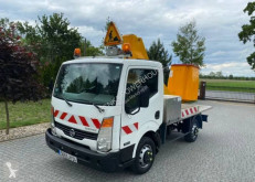 Nacelle automotrice Nissan Cabstar 32-11