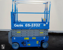 Genie self-propelled aerial platform GS-1932