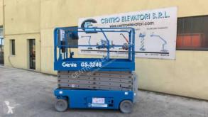 Genie GS-3246 plataforma automotriz de tijeras usada