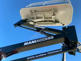 Plataforma automotriz articulado telescópico Manitou D80ER