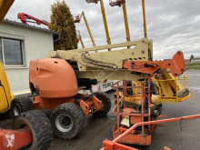 JLG 450 AJS nacelle automotrice accidentée