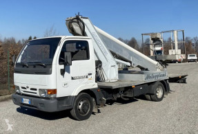 Liftvogn Nissan Cabstar e.110