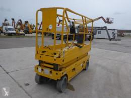 Haulotte Compact 8 nacelă autopropulsată cu platforma tip foarfece second-hand