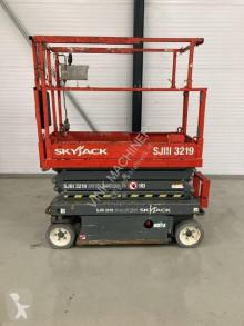 Kendinden hareketli platform Skyjack SJ III 3219