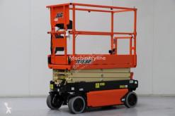 Nacelă autopropulsată cu platforma tip foarfece JLG R1532I