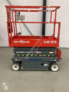 Skyjack SJ III 3219 selvkørend lift brugt