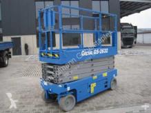 Pojízdná plošina Genie GS2632